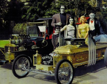 the_munsters_with_car
